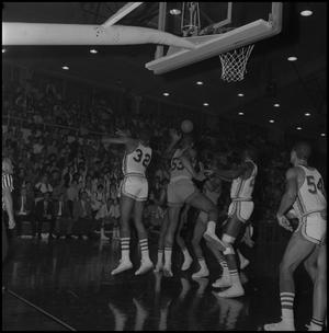 Primary view of object titled '[Men's Basketball Game North Texas State University vs Wichita]'.