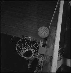 Primary view of object titled '[Eagle Varisty Basketball Player Larry Cruise, 2]'.