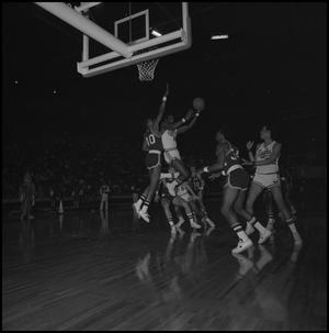 Primary view of object titled '[Men's Basketball Game North Texas State vs Memphis State at the Coliseum]'.