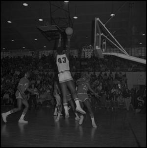 Primary view of object titled '[Eagles vs New Mexico State Basketball Game]'.