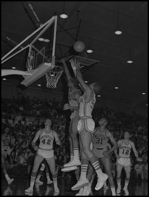 Primary view of object titled '[Men's Basketball North Texas vs Wichita]'.