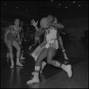 Primary view of object titled '[Basketball Game, NT vs Drake University, January 13, 1962]'.