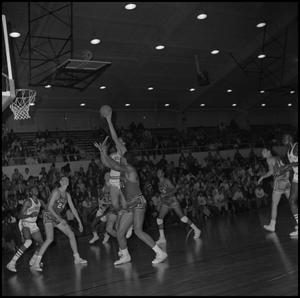 Primary view of object titled '[North Texas vs Eagles Basketball Game]'.