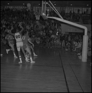 Primary view of object titled '[Men's Basketball Game Eagles vs New Mexico State]'.