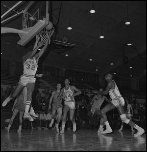 Primary view of object titled '[North Texas vs Scots Basketball Game]'.