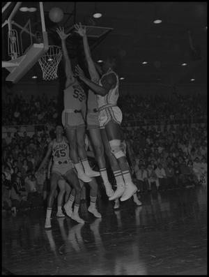 Primary view of object titled '[Men's Basketball Game]'.