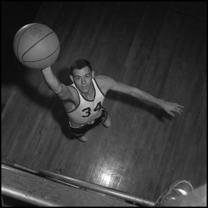 Primary view of object titled '[Eagle Varsity Basketball Player Dwight Dow, 4]'.