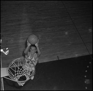 Primary view of object titled '[NTSU Basketball Player Chuck Fath, 2]'.