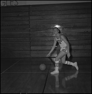 Primary view of object titled '[Chuck Fath NTSU Basketball, 2]'.