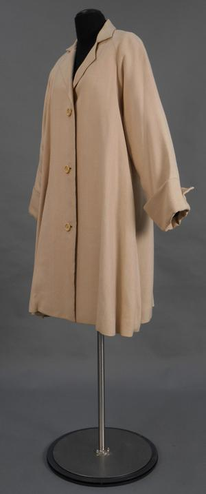 Primary view of object titled 'Coat'.