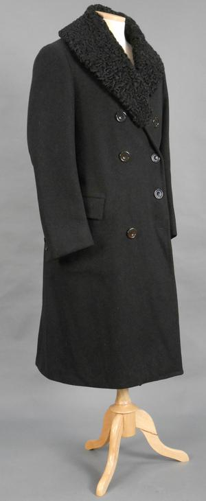 Primary view of object titled 'Chauffer's Uniform Greatcoat'.