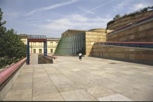 Primary view of object titled 'Neue Staatsgalerie Stuttgart'.