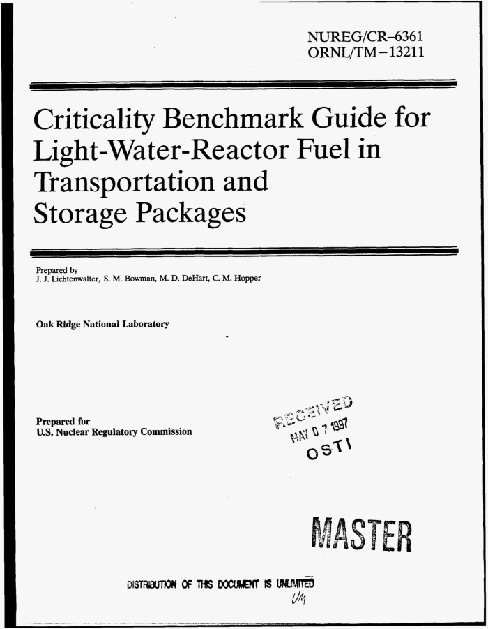 Criticality benchmark guide for light-water-reactor fuel in