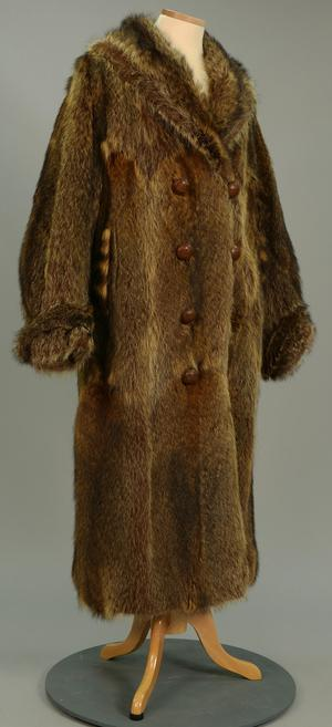 Primary view of object titled 'Man's Coat'.