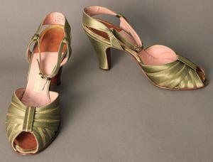 Primary view of object titled 'Evening Sandals'.