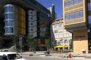 E Side of Potsdamer Platz Complex: Office/Commerce Buildings