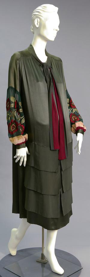Primary view of object titled 'Afternoon Dress'.