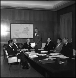 Primary view of object titled '[Board of Regents analyze paper]'.