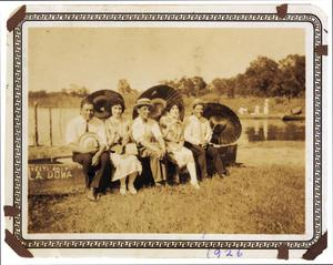 Primary view of object titled '[Family outing]'.