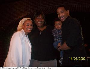Primary view of object titled '[Kim Fields with Her Family]'.