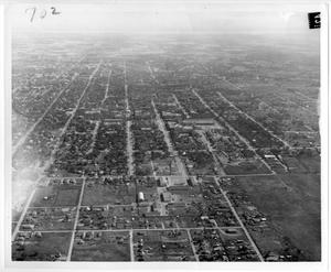 Primary view of object titled '[Aerial Photograph of the North Texas State Teachers College Campus, around 1940]'.