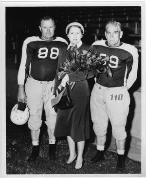 Primary view of object titled '[North Texas Alumni at 1954 Homecoming Game]'.