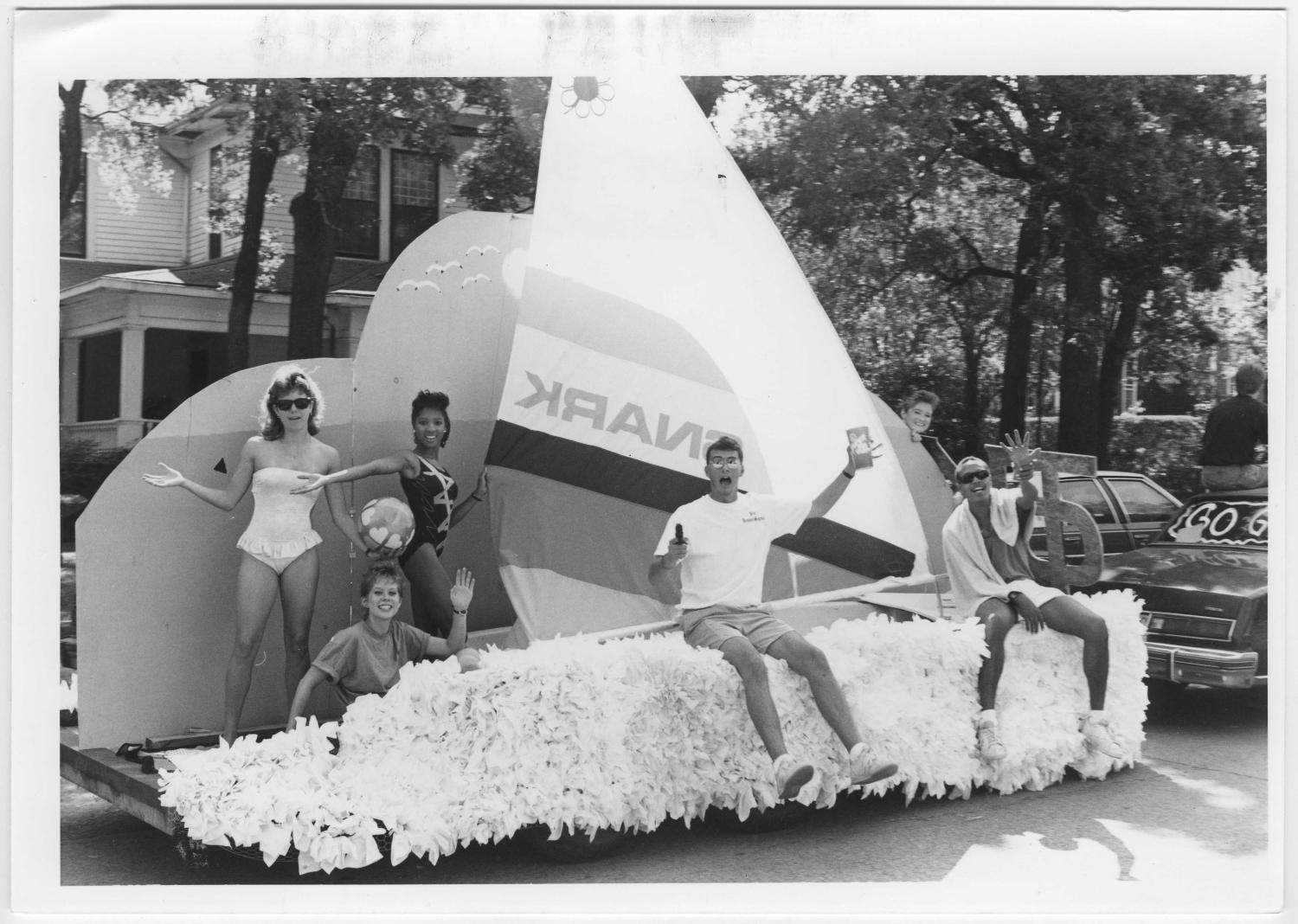 [Photo of North Texas Homecoming Parade, 1987]                                                                                                      [Sequence #]: 1 of 2