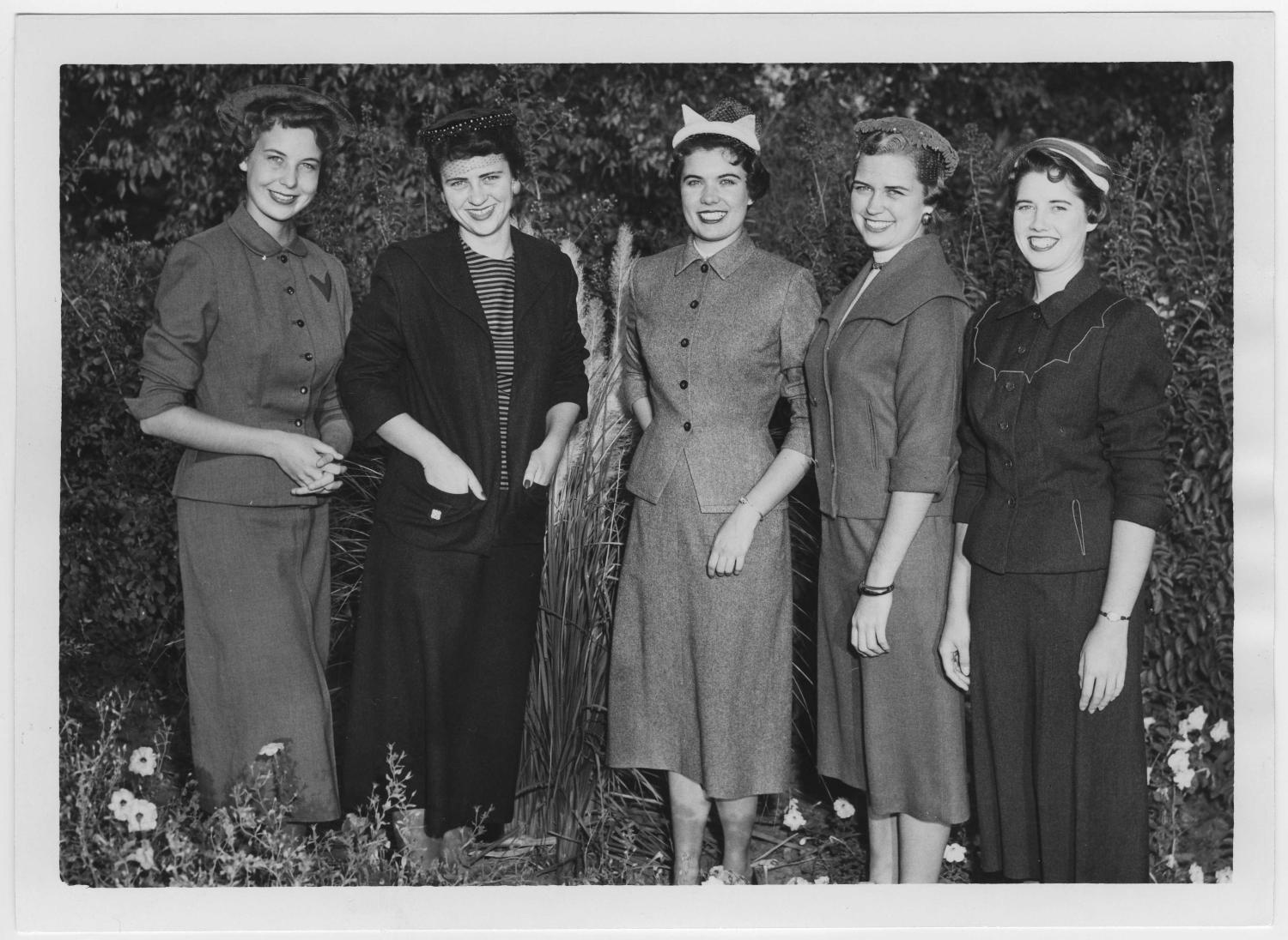 [1955 North Texas Homecoming Queen and her court #2]                                                                                                      [Sequence #]: 1 of 2