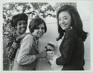 Primary view of object titled '[1968 North Texas Homecoming Queen and court]'.