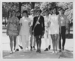 Primary view of object titled '[North Texas State University Cheerleaders, 1970-71]'.