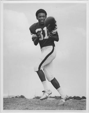 Primary view of object titled '[North Texas Player, Ronnie Shanklin]'.
