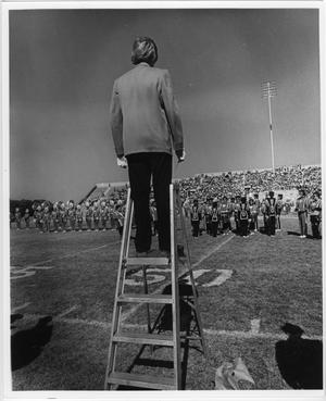 Primary view of object titled '[1976 Homecoming Game, Halftime]'.