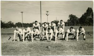 Primary view of object titled '[North Texas Football Team, 1937]'.