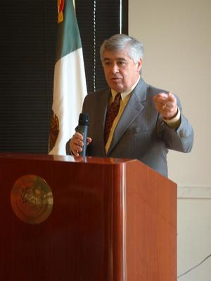 Primary view of object titled '[Arturo Violante speaking at event]'.