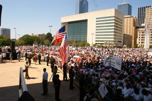 Primary view of object titled '[Large crowd of immigration protesters]'.